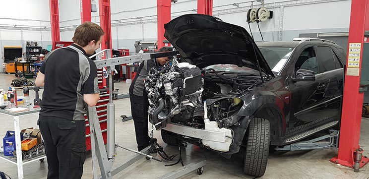 Engine Reconditioning And Workshop